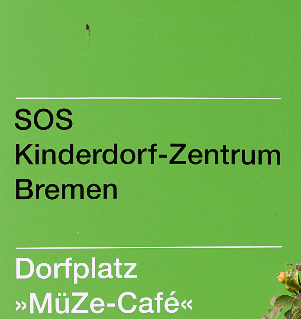 SOS Kinderdorf Schild