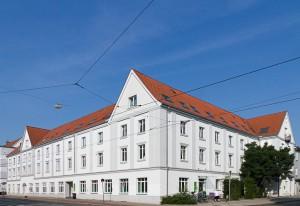 Zentrale Anlaufstelle in der Neustadt: Das SOS Kinderdorf in der alten Stadtteilbibliothek.