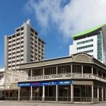 Alt und neu vereint in Suva.